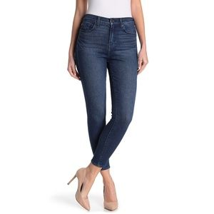7 For All Mankind Gwenevere  Skinny Jeans 27 - NEW